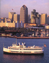 San Diego Dinner Dance Cruise