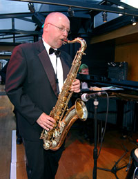 Bateaux London Thames River Sunday Lunch Jazz Cruise