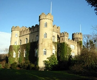 Dublin Bay and Malahide Castle Sightseeing Tour