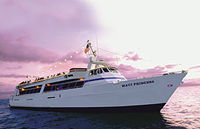 Maui Sunset Dinner Cruise and Royal Lahaina Luau Combo